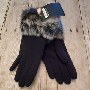 NWT Black Faux Fur Ladies Gloves Small